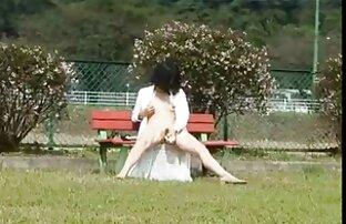 মা, এশিয়ান মেয়েরা বাচ্চাদের খেলার মাঠ চোদাচ্ছে
